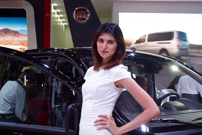 Девушки с Московского Международного Автомобильного Салона - ММАС2014